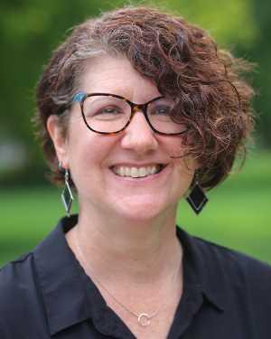 Suzanne Ehst